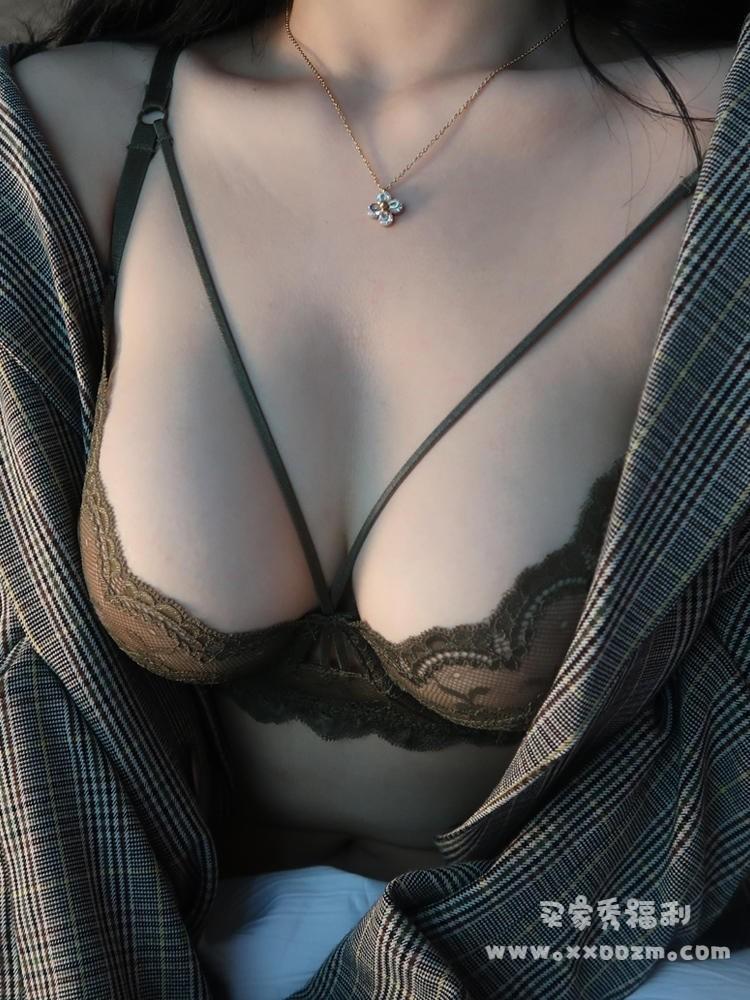 性感超薄蕾丝透明内衣文胸 性感到爆炸~