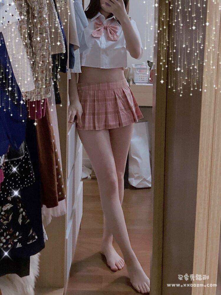 七了个三性感可爱迷你短裙超MINI百褶裙 就是真的好短好短