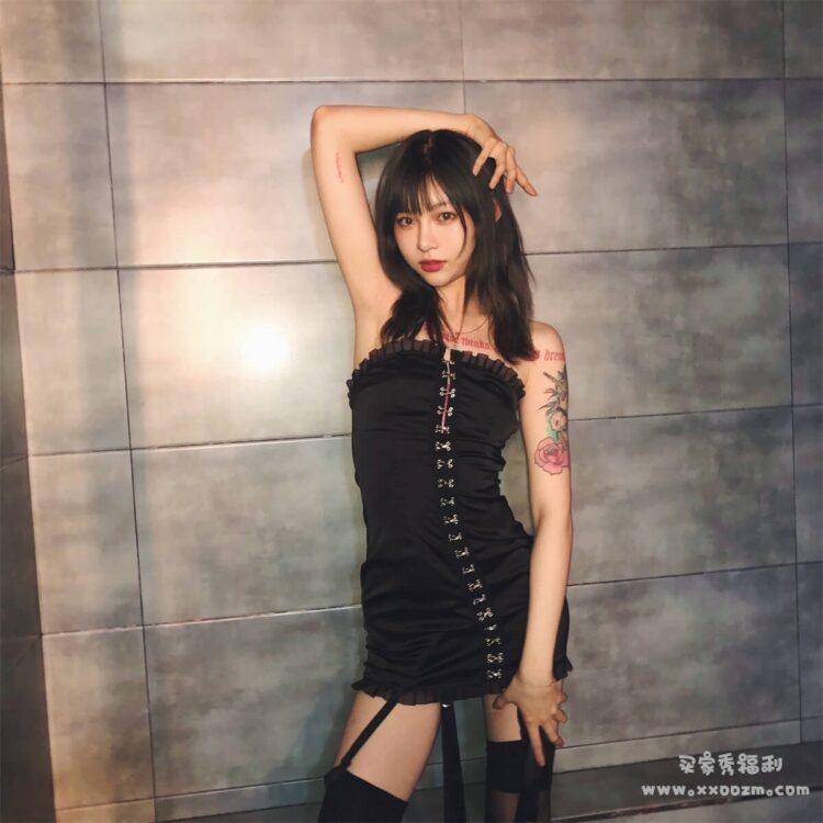 抖音网红机车女神 痞幼 私房照合集下载【89P/71.3MB】