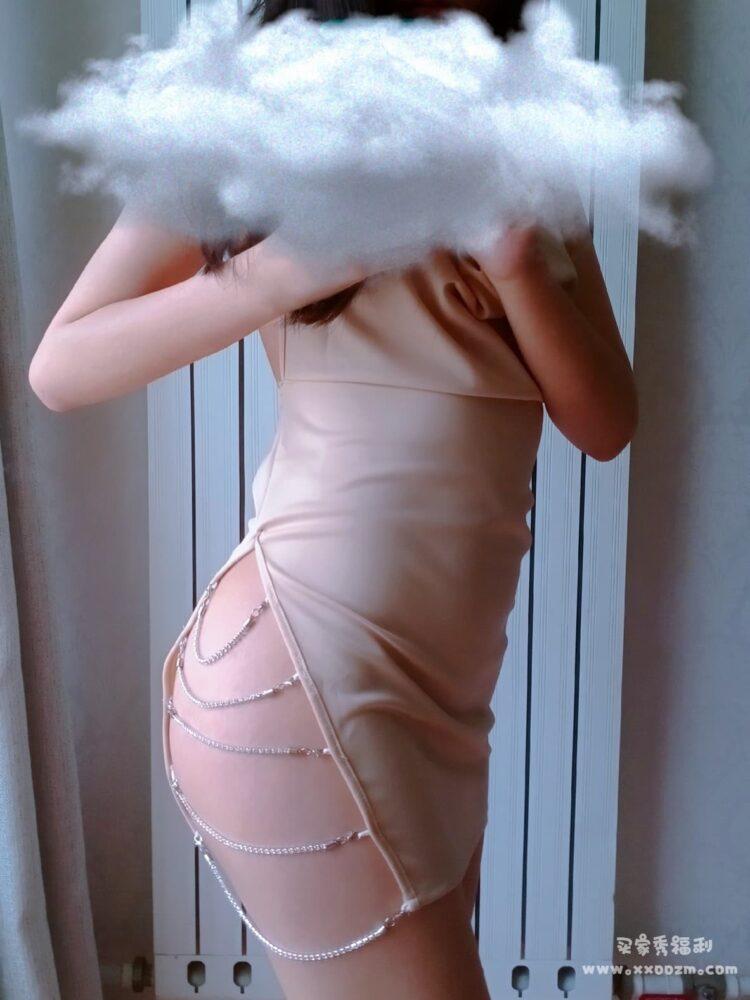 撩汉出品挂脖绑带露背连衣裙睡裙 听说冷色会减少男性的兴趣