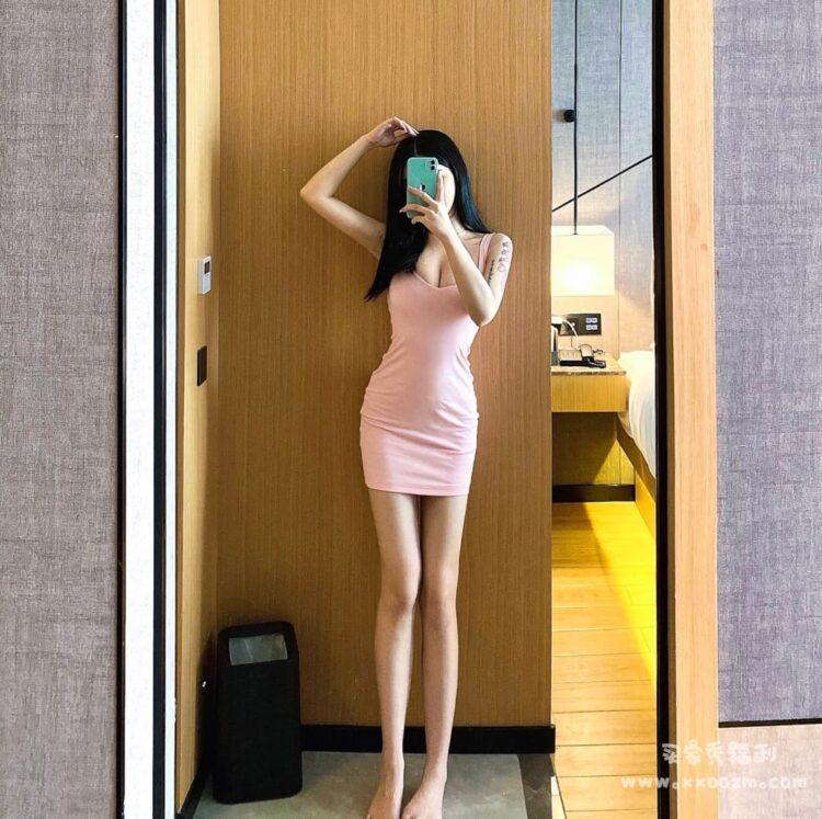 夜店女装性感紧身包臀裙短裙 粉色上身特别温柔~