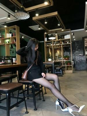 浪莎薄款夏防勾丝加档丝袜连裤袜 配短裙很修饰腿型