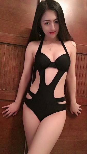 性感露背比基尼小胸聚拢连体泳衣 先自嗨一把~