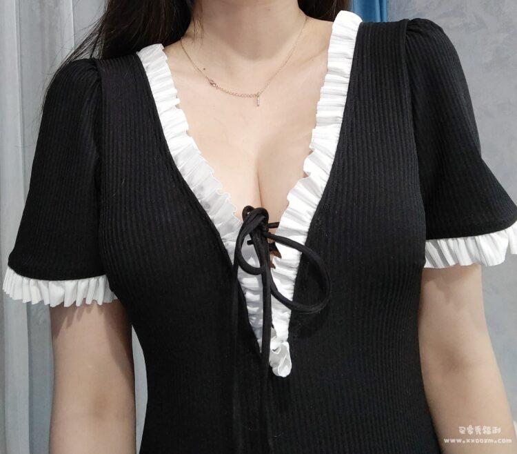 韩国ins新款时尚遮肚显瘦游泳衣 一点都不会担心走光的问题