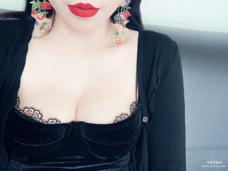 Go Girl Go 复古丝绒性感紧身胸衣吊带衫 真的很辣!