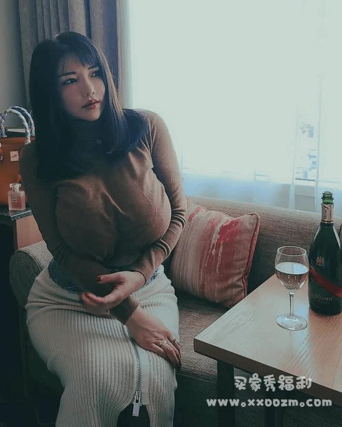 """最强body """"冲田杏梨"""",word很大,你忍一下 !"""
