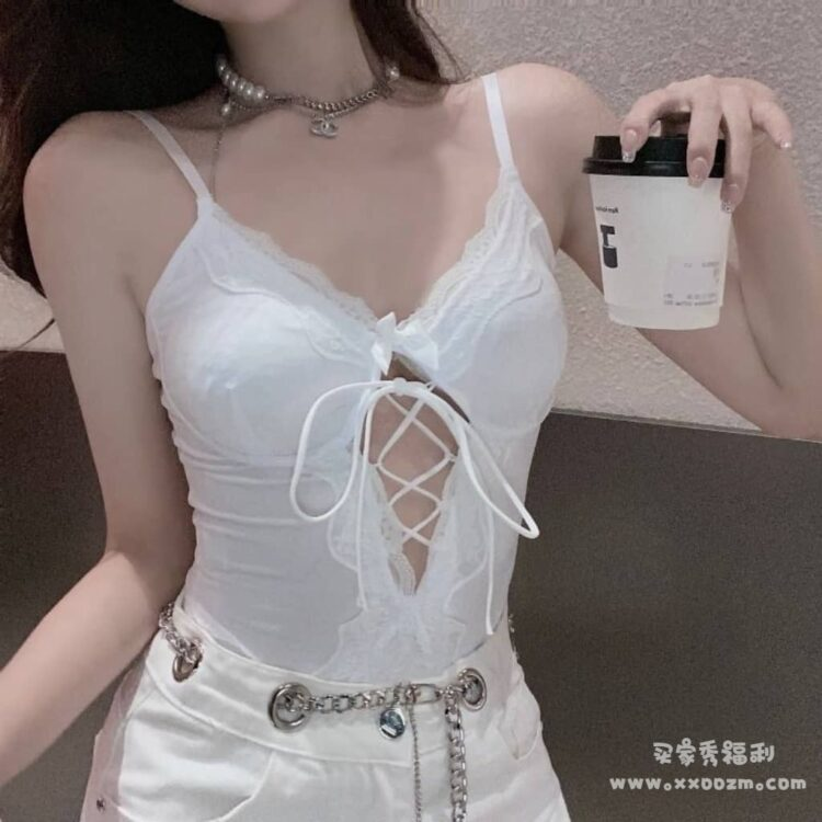 欧美女法式性感蕾丝吊带连体上衣 就是有点透