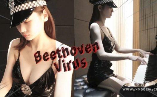 韩国钢琴女神 Leezy 弹得好听穿得也是真清凉!