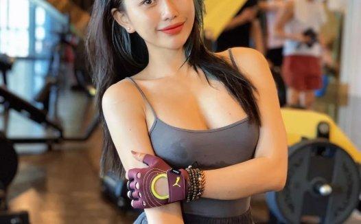 狂野的身材 逆天马甲线健身正妹 Trang Lê 生活照自拍视频下载【476P/112V/665MB】
